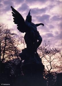 モンパルナスの美しい天使像